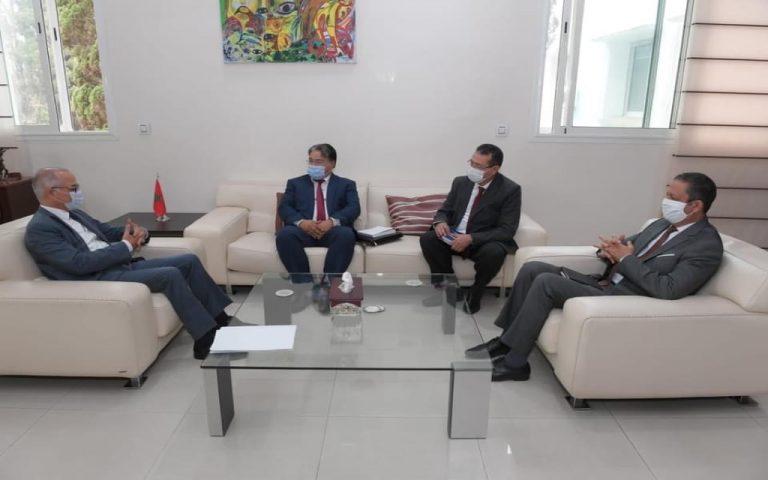 شكيب بنموسى يلتقي رئيس الفيدرالية الوطنية المغربية لجمعية آباء و أمهات وأولياء التلاميذ